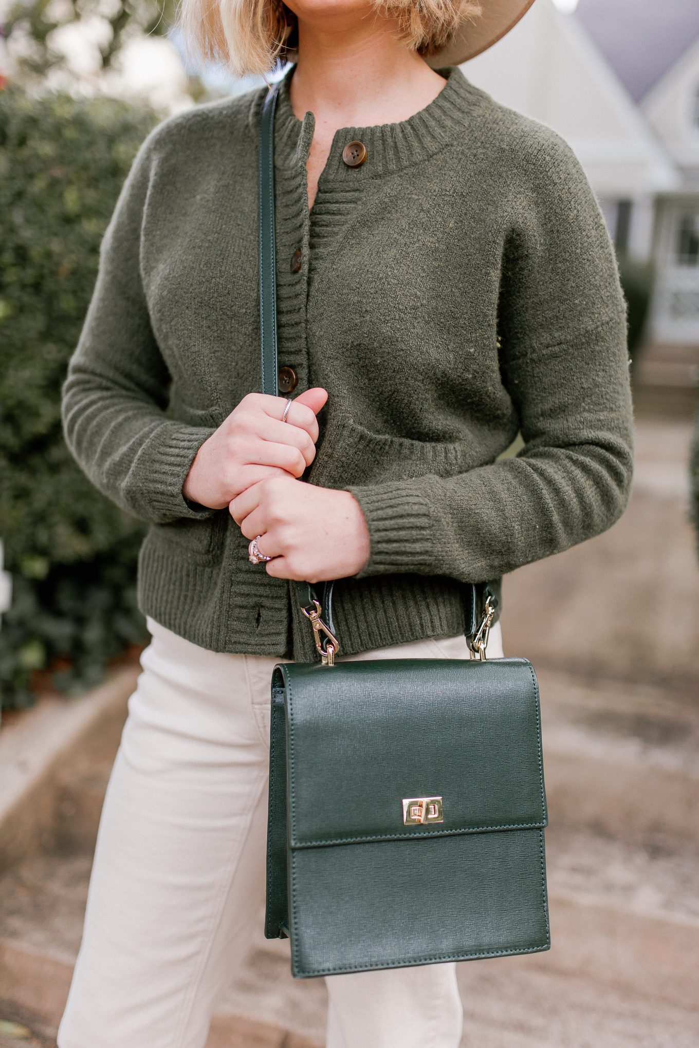 Green Cardigan Sweater | Casual Fall Outfit | Louella Reese