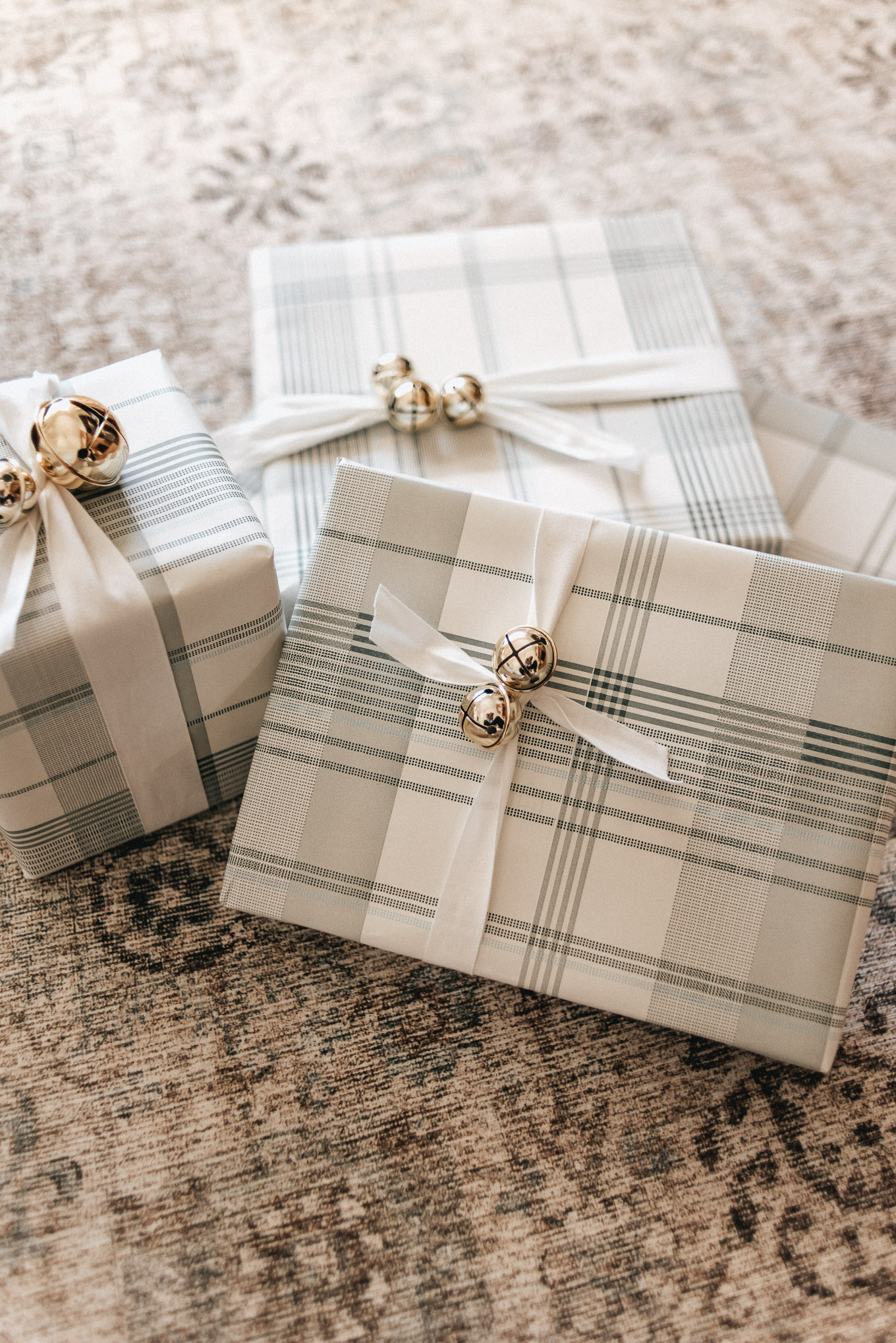Plaid Wrapping Paper, Christmas Gift Wrapping | Louella Reese