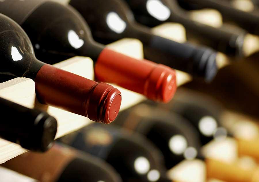 wine-bottles-cu-900