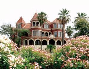 Moody Mansion Wedding