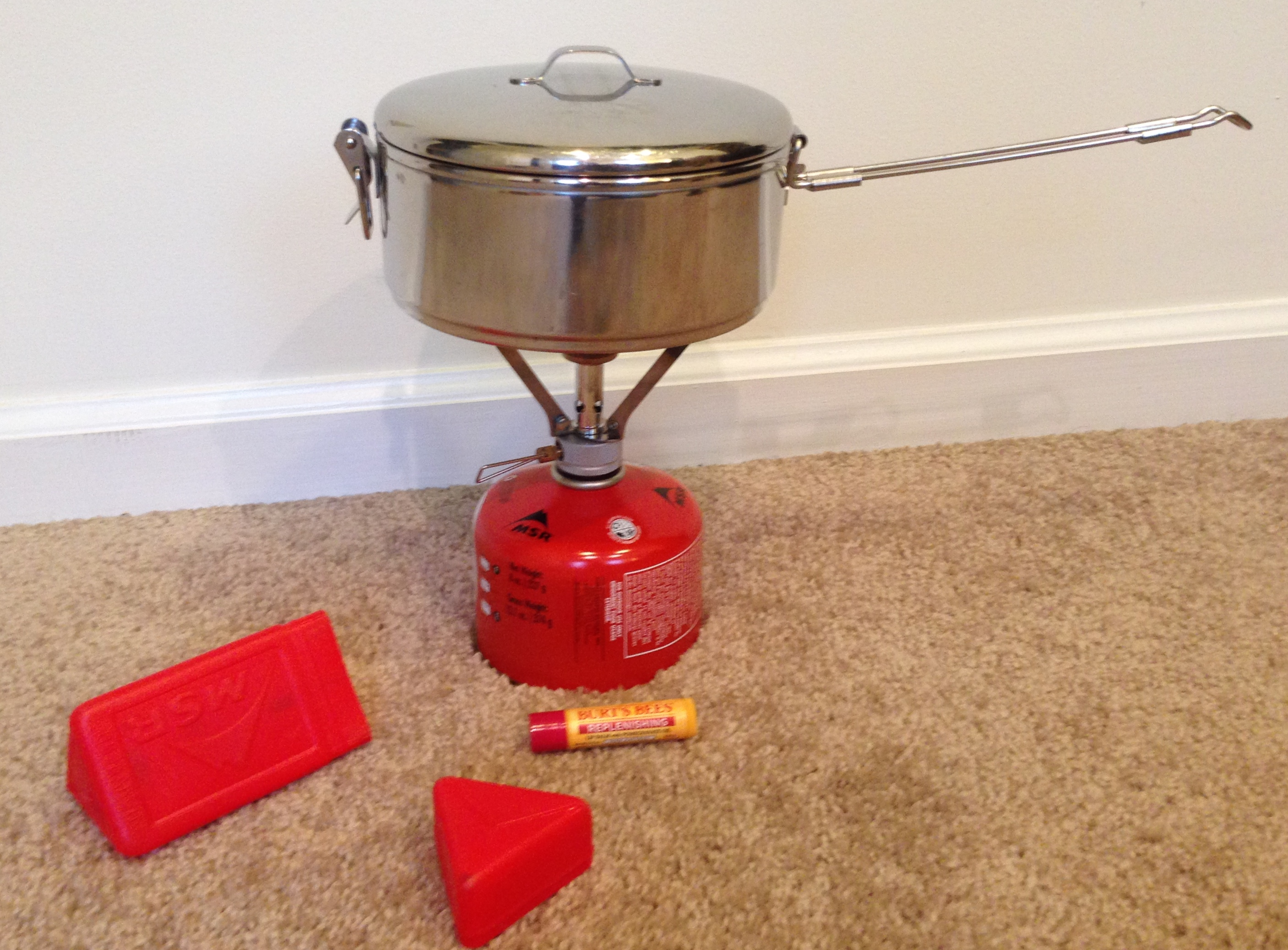 Pot/Stove/Fuel Canister ready for use