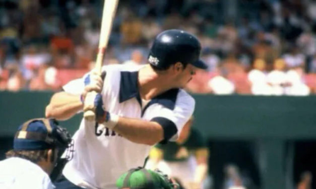 Pitch at Risk to Richie Zisk