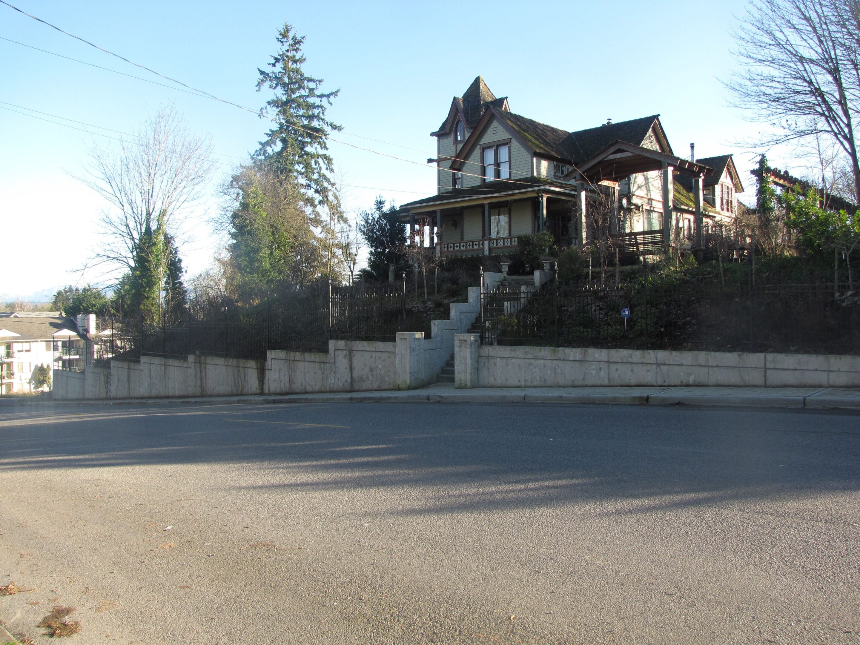 structural engineering and civil engineering for retaining wall