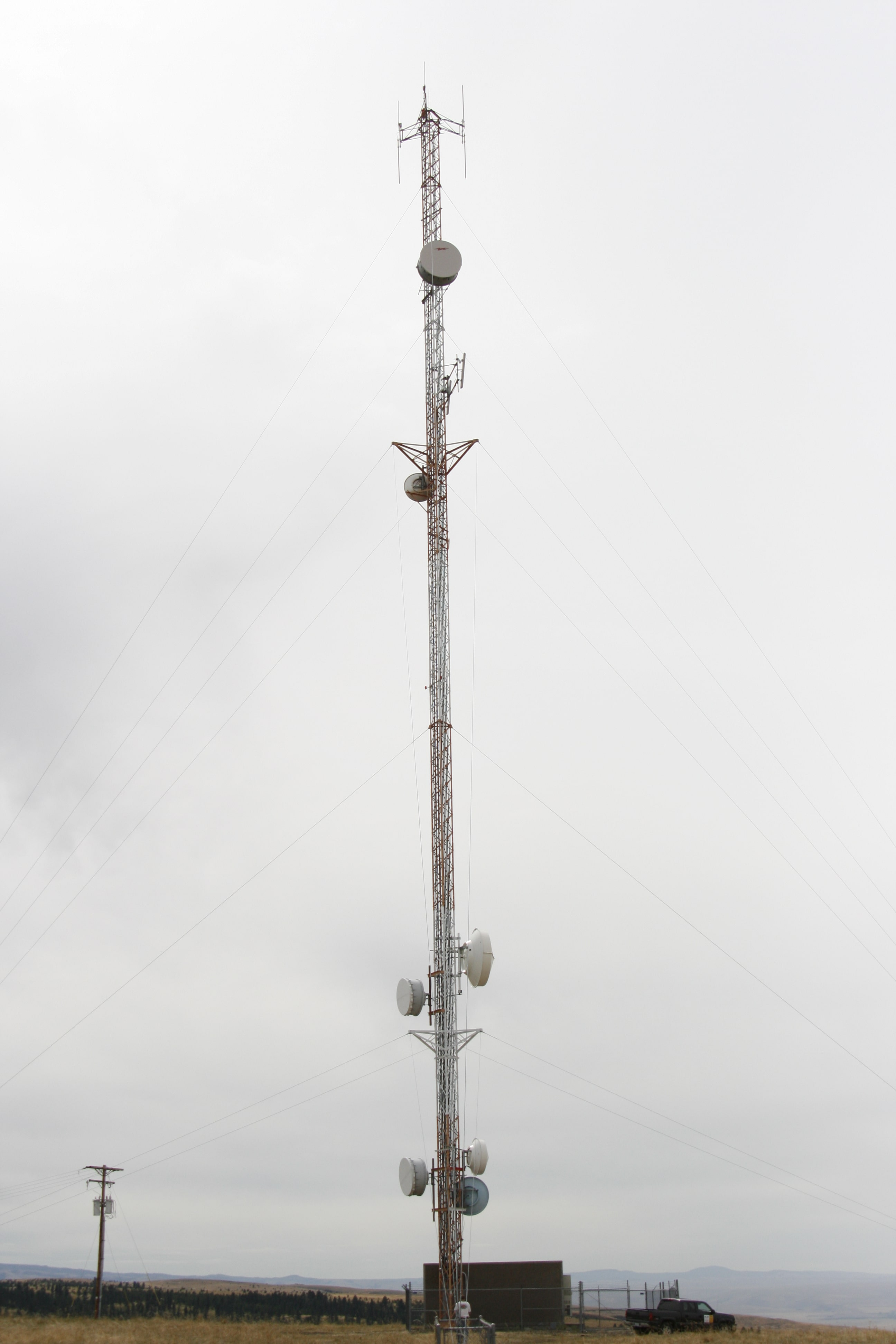 structural engineering for wireless tower analysis