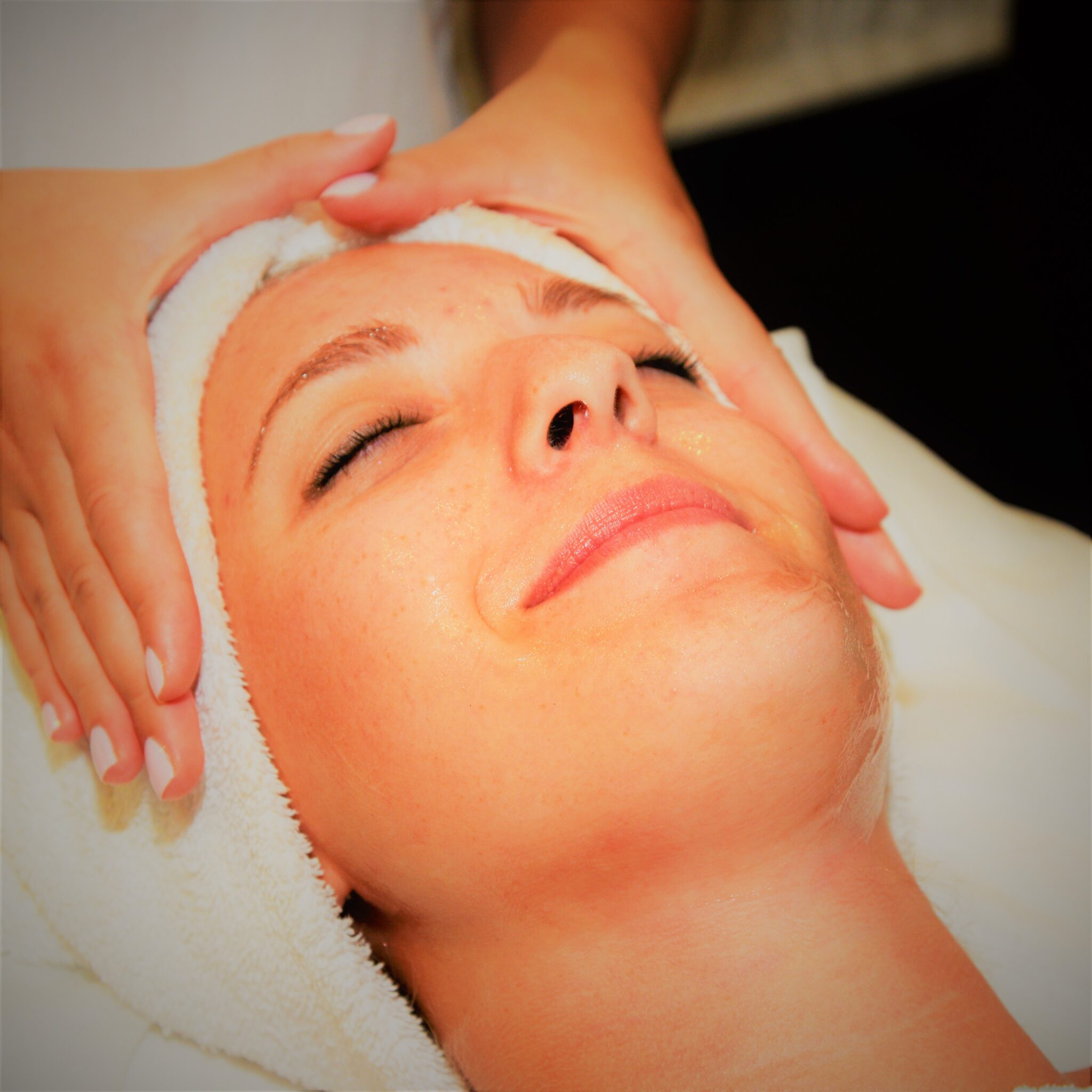 Spring Mist Spa Facial Peel Treatment with Microdermabrasion