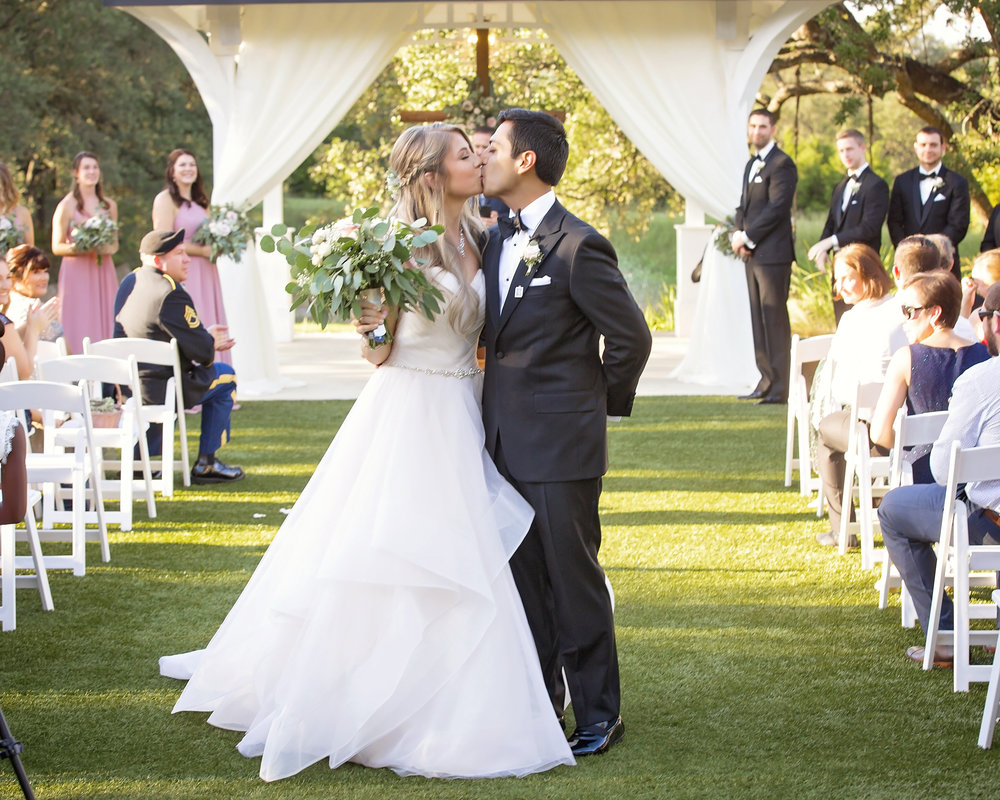 south texas event professionals step wedding academy teaching couples to plan a wedding bluebonnet events wedding coordination (1)