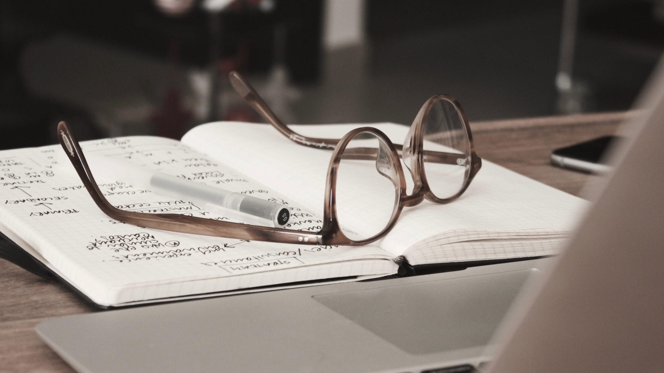 When Should You Hire a Copywriter?
