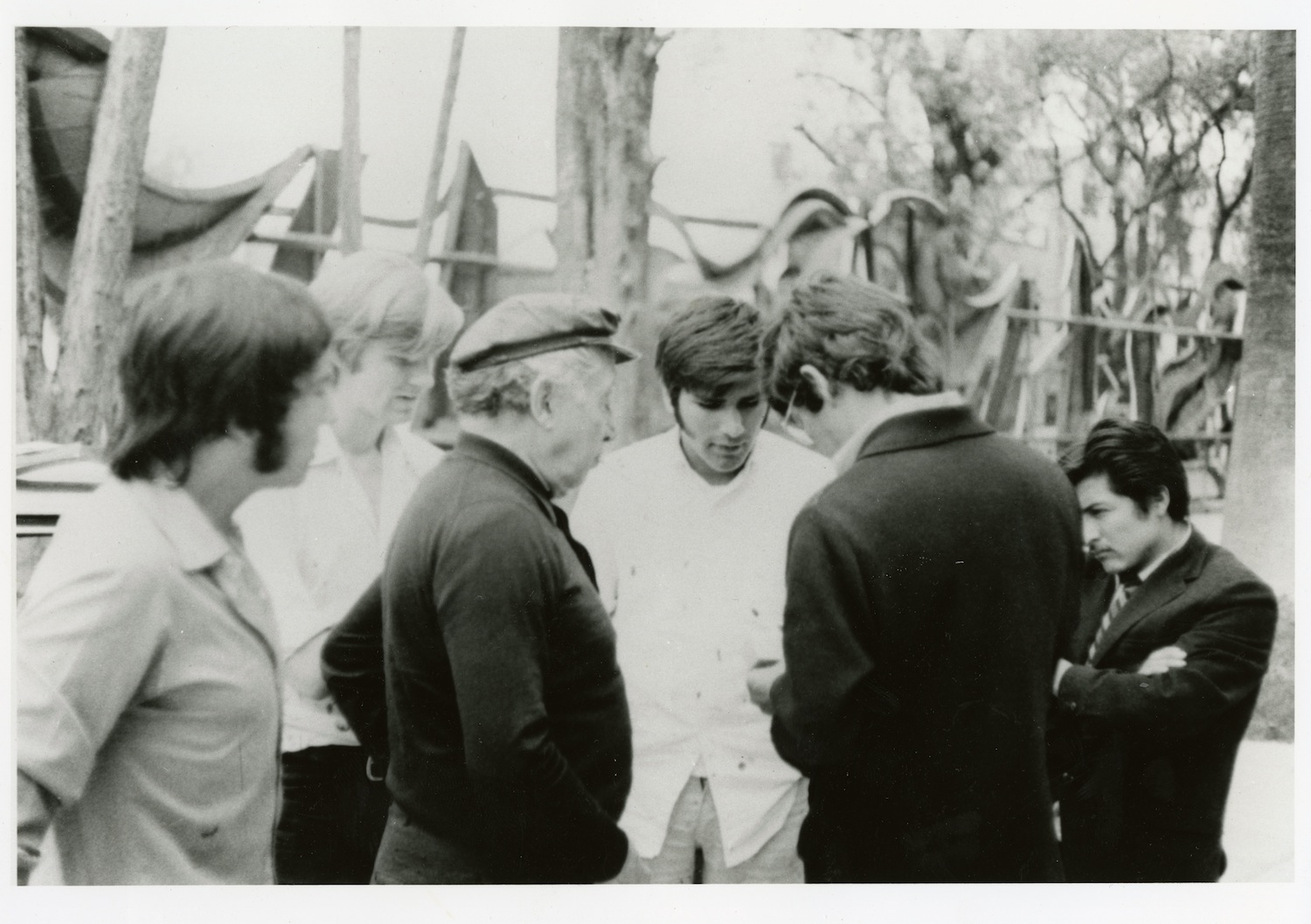 Robert Storr with Siquieros at the Polyforum in Mexico City, 1971 Photograph courtesy of Robert Storr, 2013