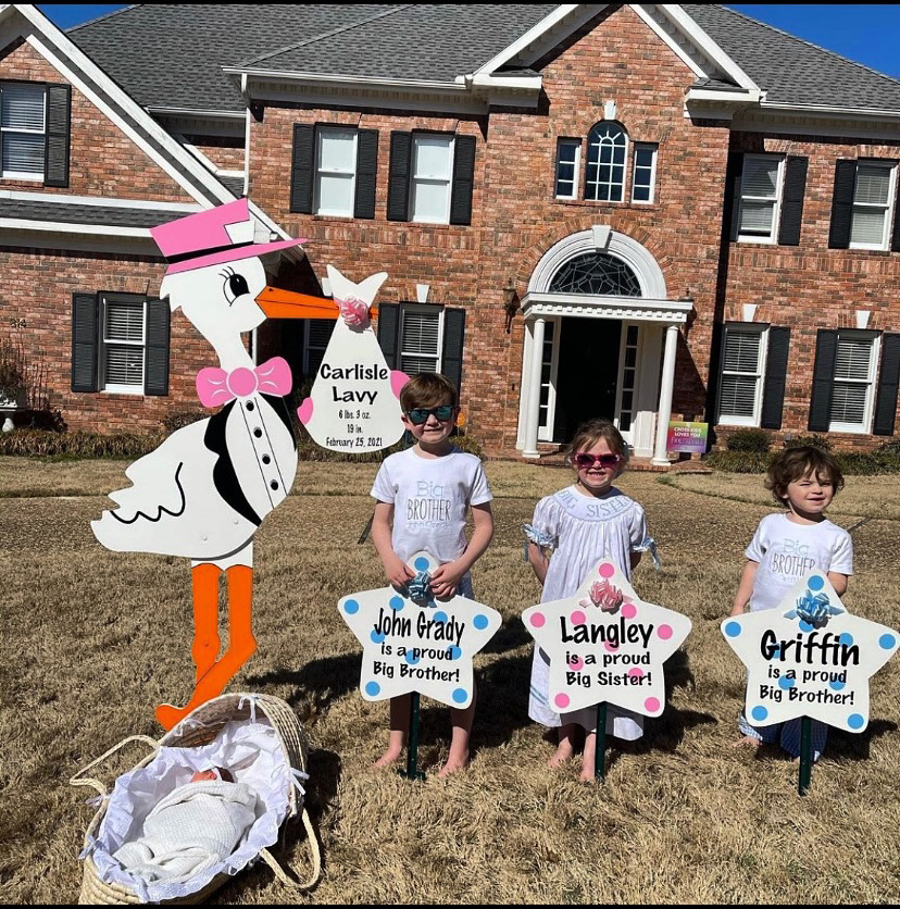 birth announcement yard signs