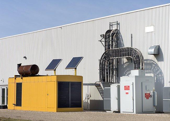 generator-with-solar-panels