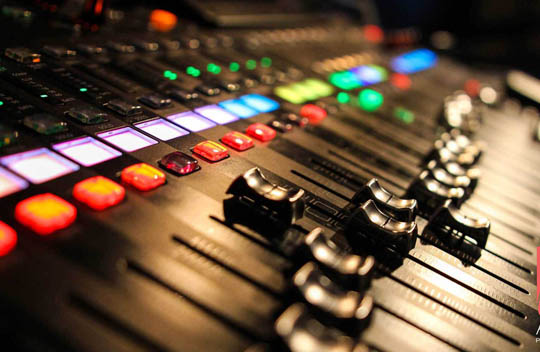 Audio-Visual-TN1