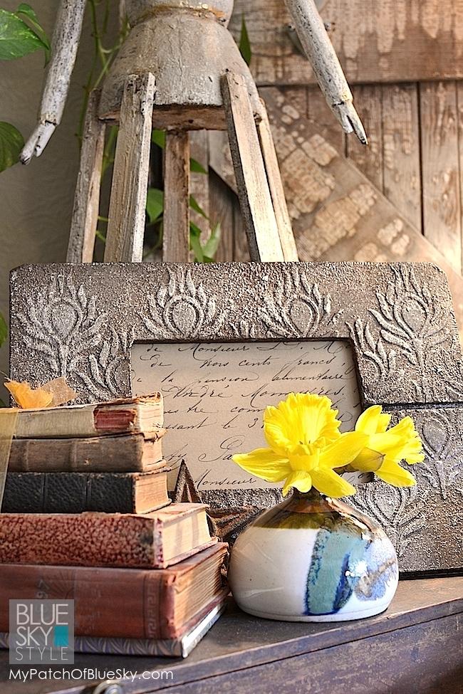 Wood Icing/ Artisan Enhancements/ Royal Design frame