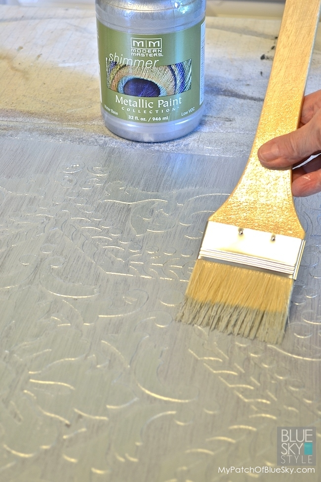 """Create This """"Ice Palace"""" Wall Finish Using Wood Icing Textura Paste"""