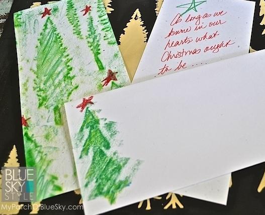 Wood Icing Textura Paste & Royal Design Studio Christmas Cards Tutorial