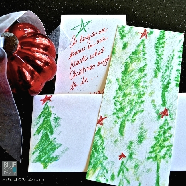 Make Easy Christmas Cards Tutorial | Wood Icing® Textura Paste and Royal Design Studio Stencil