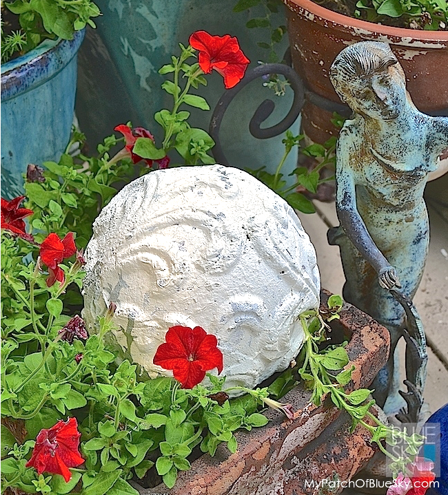My Patch Of Blue Sky | How To Add Texture To A Garden Accent Ball Using Artisan Enhancements Products