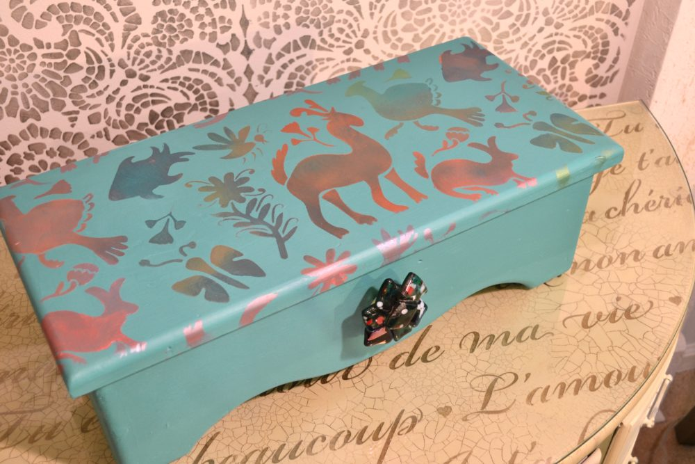 My Patch Of Blue Sky | How To Paint And Stencil An Old Wooden Box Using Royal Design Studio Products