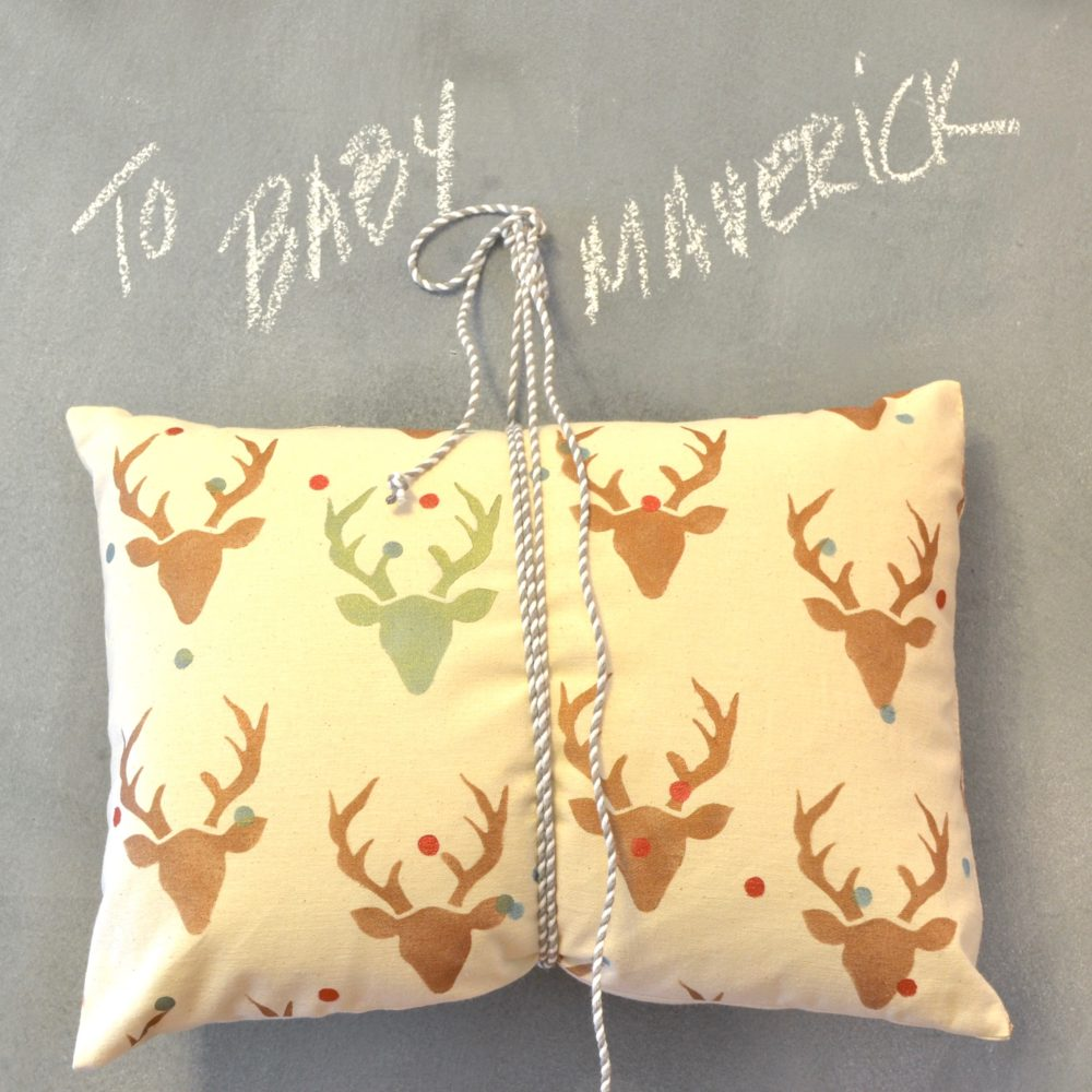 My Patch Of Blue Sky | How To Stencil A Baby Boy Deer Pillow Using Royal Design Studio Stencil