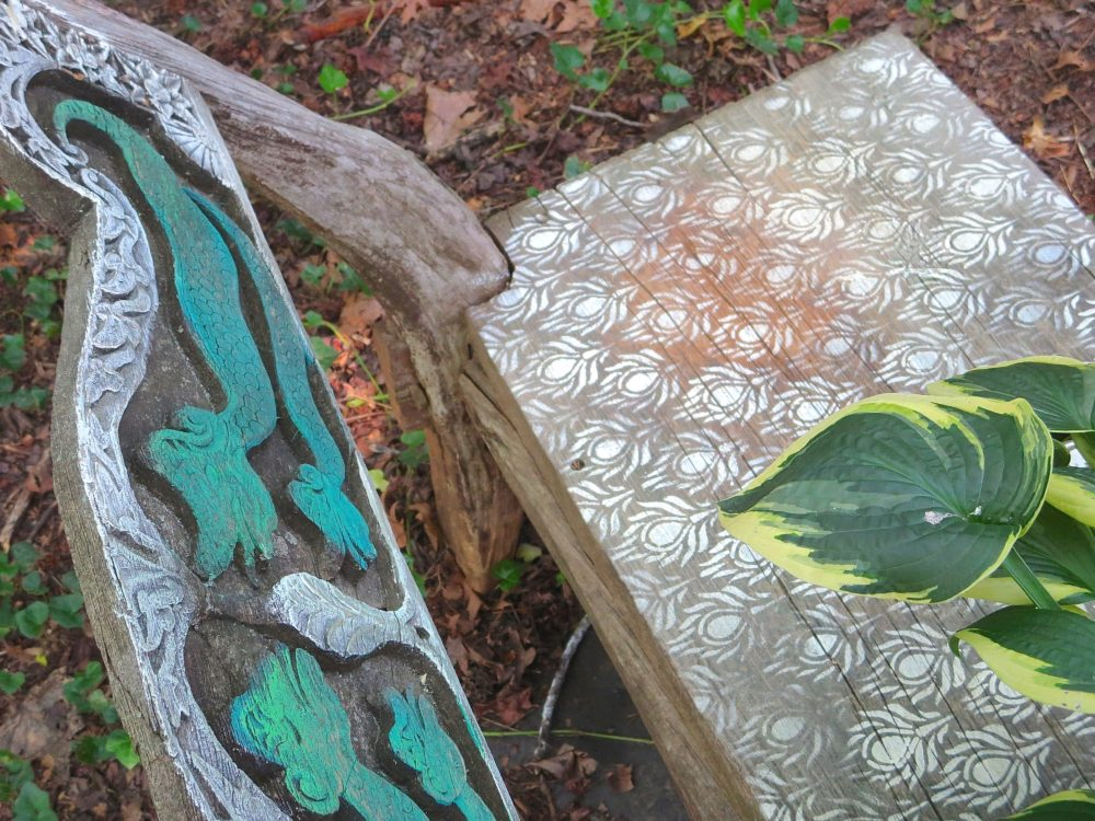 My Patch Of Blue Sky | How To Stencil An Old Outdoor Garden Bench