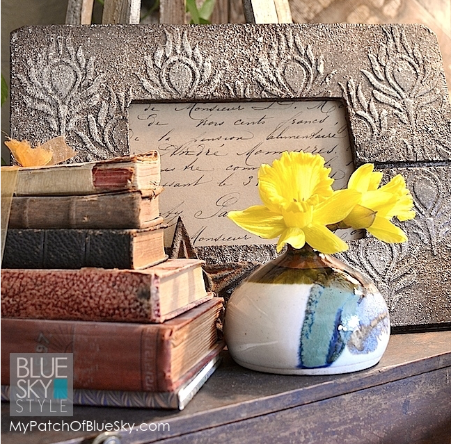 My Patch Of Blue Sky | How To Add A Pretty, Textured Pattern To A Picture Frame Using Wood Icing
