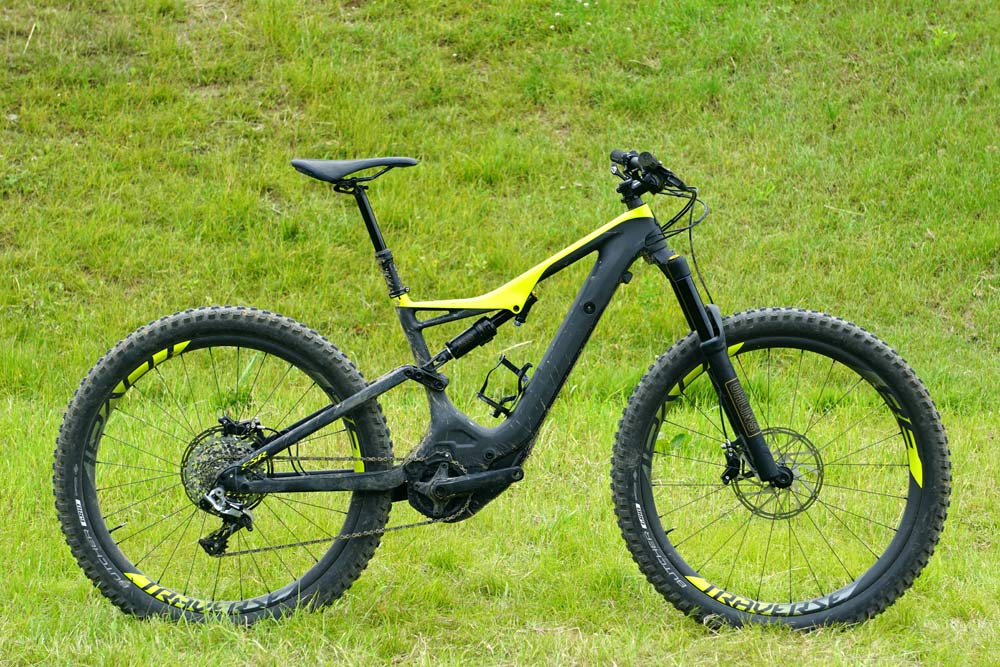 2018 Specialized Turbo Levlo FSR carbon fiber e-mountain bike