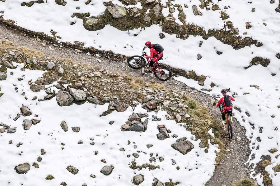 IMBA updates e-mountain bike policy to increase access on regular mountain bike trails
