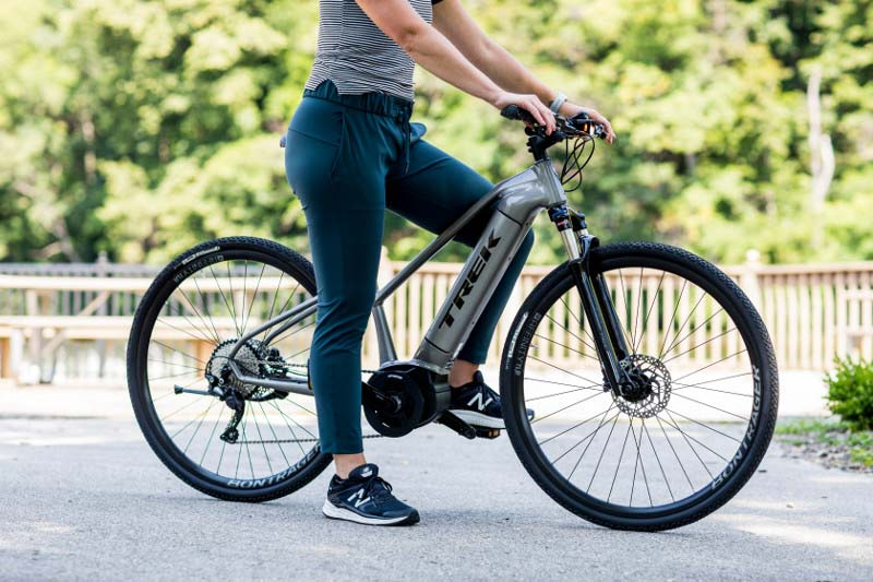 Trek 2019 Dual Sport+ e-bike, woman on bike