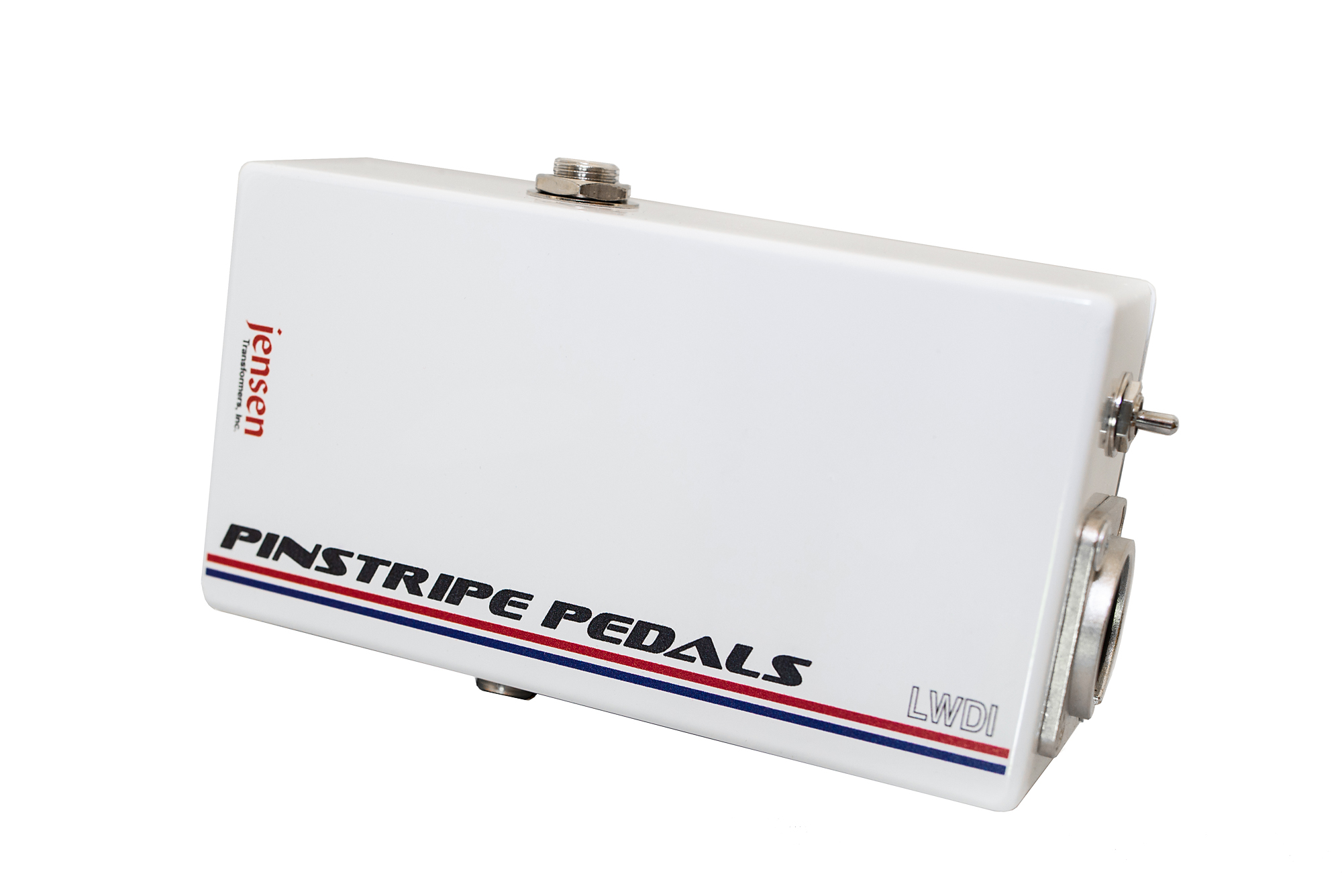 Pedalboards Littlw white DI box Pinstripe pedals