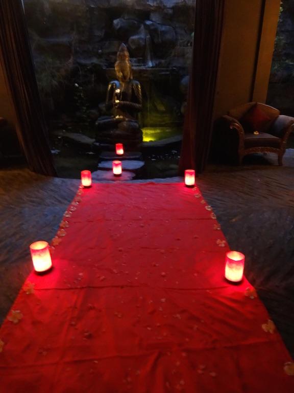 angela-asia-bali-luxury-travel-blog-best-bali-honeymoon-package-villa-mathis-romantic-seminyak-123