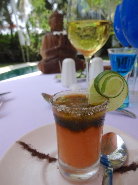 angela-asia-bali-luxury-travel-blog-best-bali-honeymoon-package-villa-mathis-romantic-seminyak-138