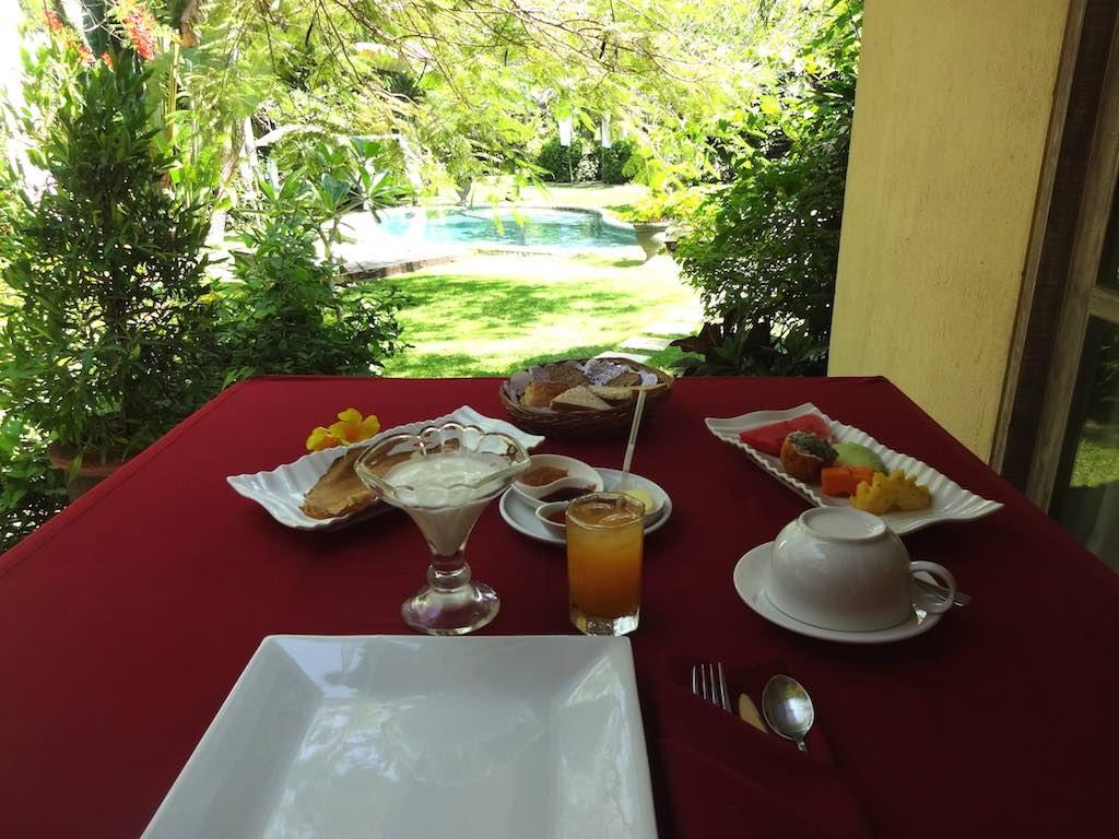 angela-asia-bali-luxury-travel-blog-best-bali-honeymoon-package-villa-mathis-romantic-seminyak-2