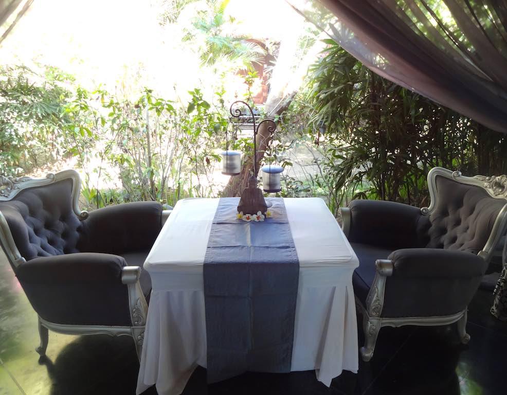 angela-asia-bali-luxury-travel-blog-best-bali-honeymoon-package-villa-mathis-romantic-seminyak-28