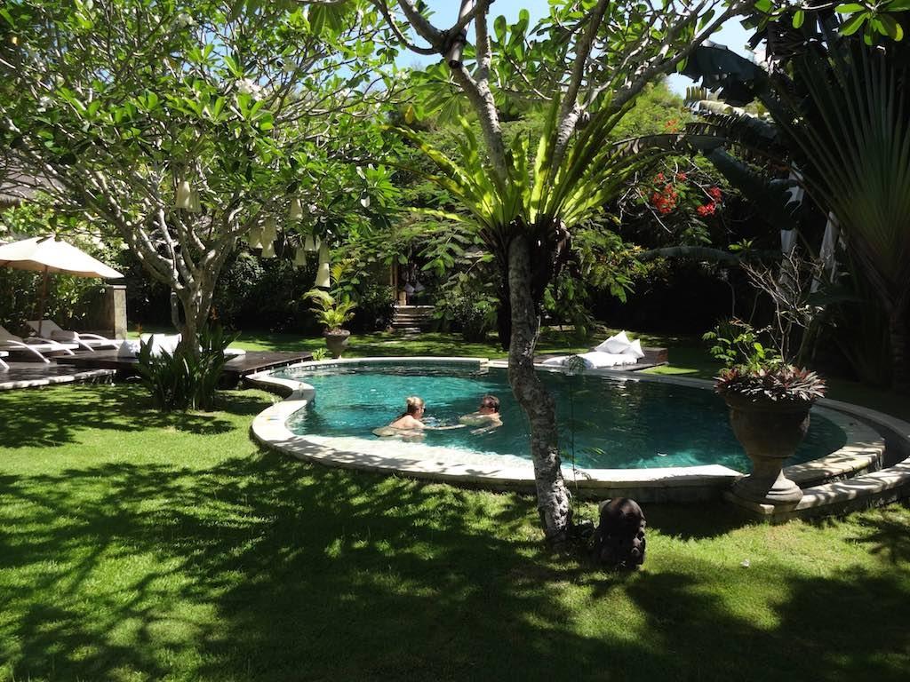 angela-asia-bali-luxury-travel-blog-best-bali-honeymoon-package-villa-mathis-romantic-seminyak-39