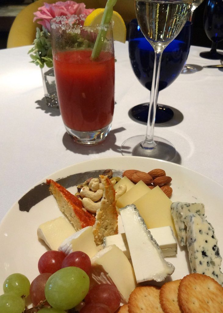 ritz-carlton-kuala-lumpur-best-champagne-sunday-brunch-roast-the-library-luxurybucketlist-45