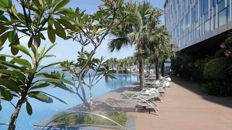 Batam Marriott Hotel Harbour Bay Poolside Suite