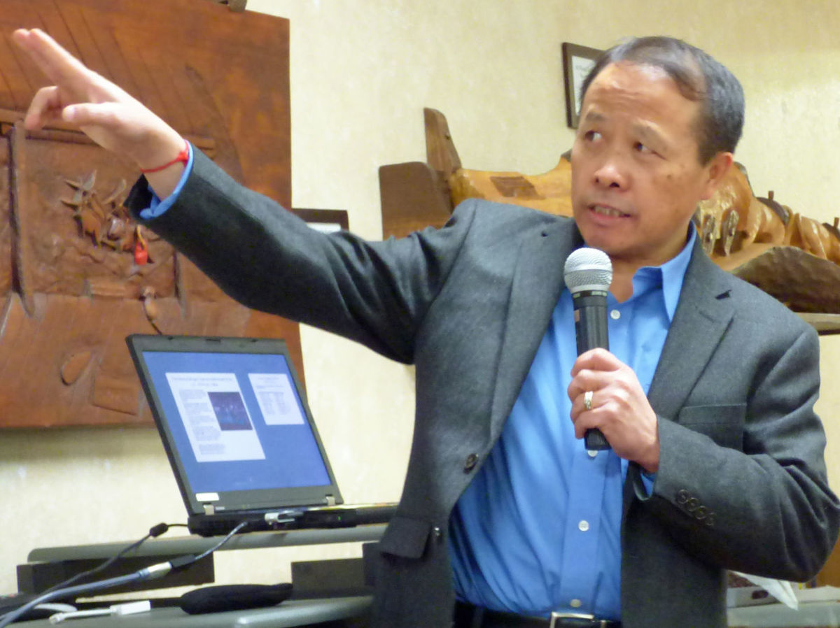 SOURCE: HUTCHINSON LEADER – 'Secret War' refugee shares his story as Hutchinson residents read book about Hmong experience