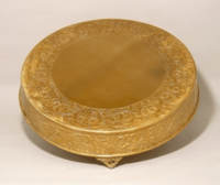 """gold-round-cake-plateau-21""""plate-rent-chicago"""