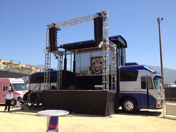 ACME - Tour Bus RedBull Soundstage 2