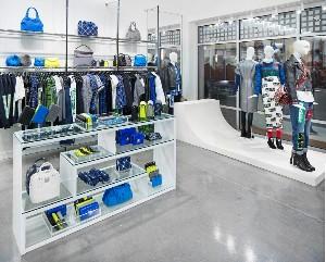 Luxury Retail Fixtures Image 3