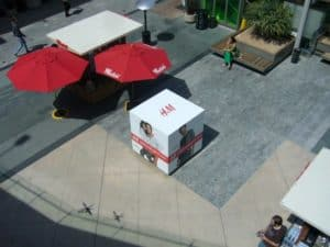 H&M Cube Advertisement