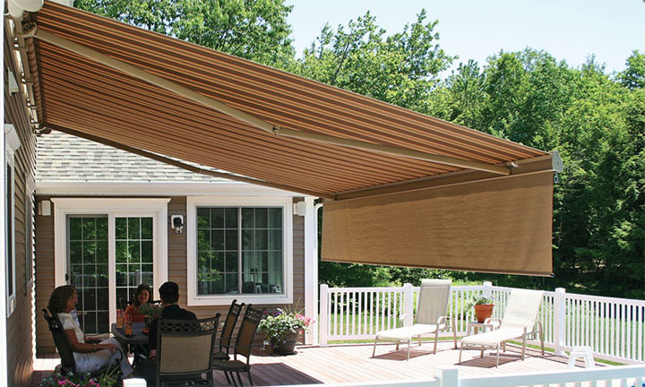 Futureguard the Geneva retractable awning