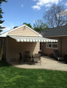 Retractable Awnings Cost Revere MA, Everett MA, & Chelsea ...