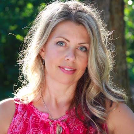 Julie Loomis