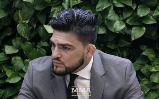 Kelvin Gastelum Says Tyron Woodley Rematch Is Biggest Reason He Still Thinks About 170