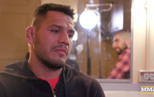 UFC 225: Rafael dos Anjos Says If Conor McGregor 'Wants To Try For His Third Belt, I Will Be There'