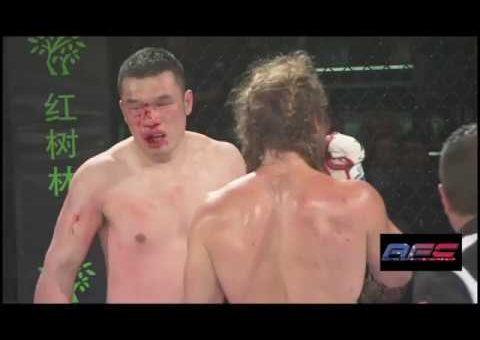 Luke Spears VS Oscar Kong
