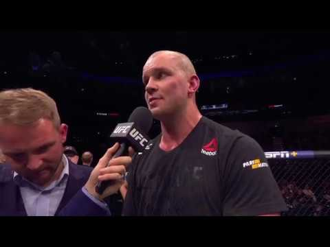 UFC Prague: Stefan Struve Retires