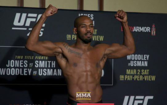 UFC 235 Weigh-Ins: Jon Jones Makes Weight, Strikes Poses – MMA Fighting