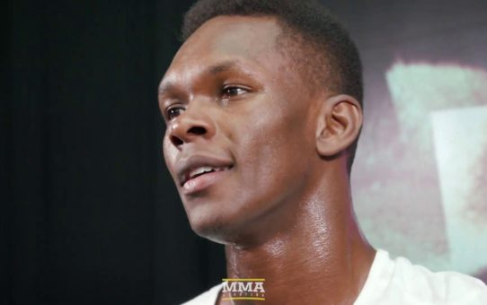 UFC 236: Israel Adesanya Says If He Were Robert Whittaker, He Would Have Relinquished Title
