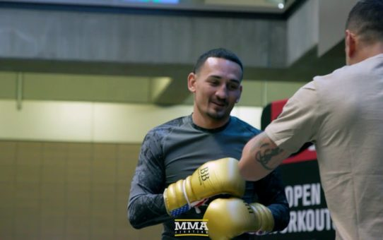 UFC 236: Max Holloway Open Workout Highlights – MMA Fighting